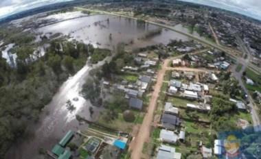 La crecida del río Olimar desde el aire. Foto gentileza Intendencia de Treinta y tres Orientales