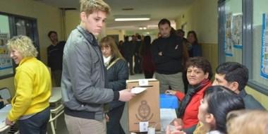 El voto en la ciudad capitalina. Tres de los partidos que se presentan tendrán internas para la intendencia.