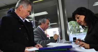 Recepción. El ministro Corchuelo Blasco y el fiscal Montoya hacen la presentación en la Fiscalía de Rawson.