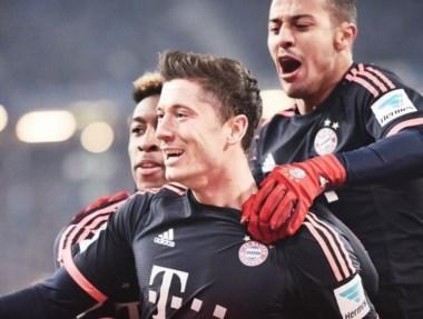 Bayern derrotó al Hamburgo con dos goles de Lewandowski y se mantiene a 11 puntos del Borussia Dortmund.