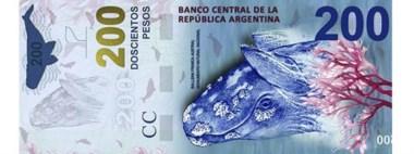 El billete de la polémica con sus errores. El Banco Central hará correcciones.