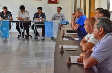 La Asamblea de Presidentes en la sede de la Liga. Los representantes de los clubes votaron a favor de la B.