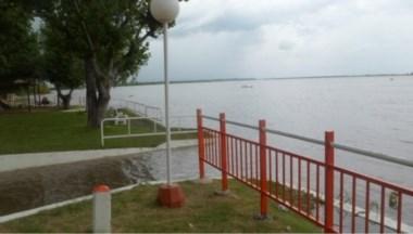 El Paraná sigue en crecida y hay alerta por nuevas lluvias. Santa Fe ya tiene 1300 evacuados