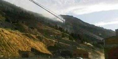 Muy temprano comenzó el fuego en las alturas de Matadero.  Trabajaron bomberos con brigadistas.