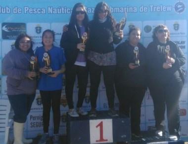 Las mujeres también formaron parte del concurso en Bajo los Huesos.
