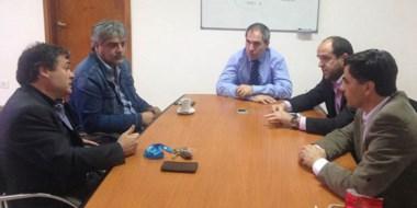 Representantes  del gremio estatal se reunieron con las autoridades del Gobierno Provincial.