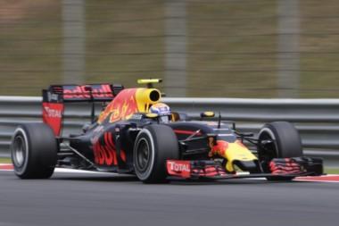 Victoria para Daniel Ricciardo. La primera de la temporada, la primera en Malasia y la cuarta de su palmarés.