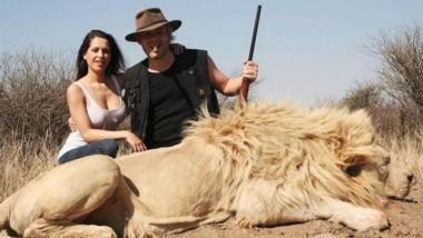 Indignarte! No hay dinero en el mundo que repare la perdida de animales tan nobles e indefensos.