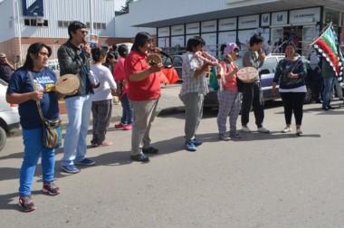 Pueblos originarios protestaron por los dichos de Bulrrich sobre la Campaña del Desierto.