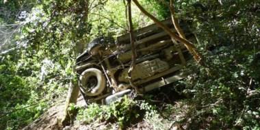 El conductor perdió el control de la camioneta Toyota Hilux debido al ripio suelto existente en la ruta.