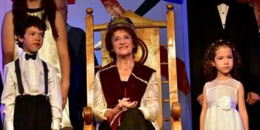 Cecilia Glanzmann recibió la Corona del Poeta del Eisteddfod del Chubut en la jornada de ayer.