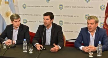 JM (al centro) y Cano (derecha) en una conferencia junto a Marcos Peña Braun.