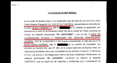 Cercanos. Postales de los frecuentes diálogos del exgobernador Buzzi con su letrada en el caso Alpesca, Valeria Corbacho, en busca de un asesoramiento ya muy frecuente.