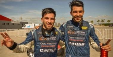 Los pilotos de Rawson del RV Racing Sports ahora van por el título de campeón.