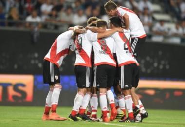 Con goles de los pibes Montiel y Quarta, más Alonso, Rodríguez y Alario, River goleó a Olimpia.
