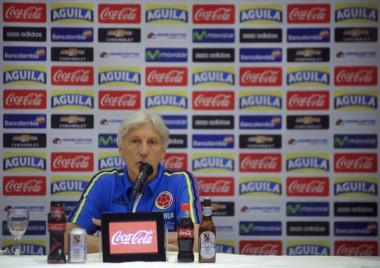 Pekerman brindó una conferencia de prensa y resaltó que deben aprovechar el mal momento de Argentina.