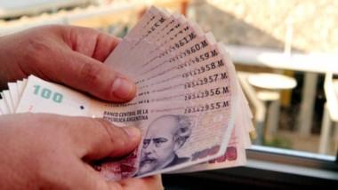 Alfonso Prat-Gay, oficializó que el medio aguinaldo de diciembre próximo no pagará el impuesto.