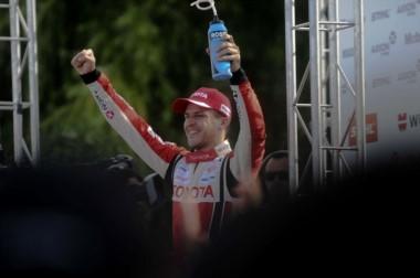 Rossi pudo avanzar dos lugares y se quedó con la victoria en General Roca.