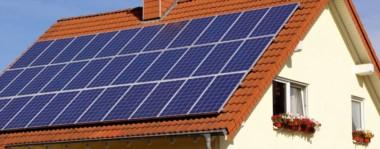 Algo así. De acuerdo a la postal pueden lucir las casas de los vecinos que se sumen a la iniciativa para poder vender energía al sistema nacional.