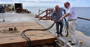 El intendente Sastre junto al encargado del puerto supervisaron el estado de avance de las obras .