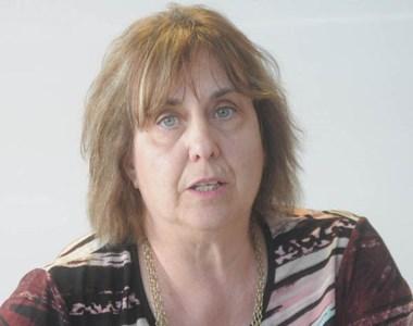 Nora Marcolini, presidente de la ABECh, habló para la prensa.