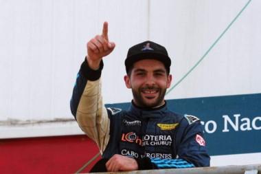 El RV Racing Sport de Chubut festejó el título del TR Series con Lucas al volante.