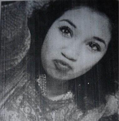 Sabrina tiene 14 años y la buscan.