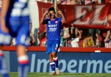 Godoy anotó el único gol en la victoria de Unión ante Racing.