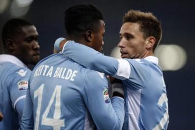 El argentino Biglia aumentó la diferencia entre Lazio y Fiorentina.