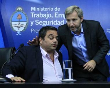 Triaca y  Frigerio dieron una conferencia de prensa luego del acuerdo.