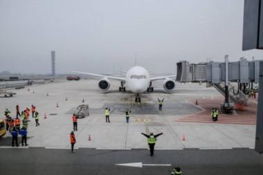 Un piloto sufrió un infarto antes de despegar con 128 pasajeros en Escocia.