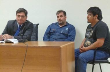 Gerardo Barrientos y Carlos Neira están imputados de portación ilegítima de armas, ataque y resistencia.
