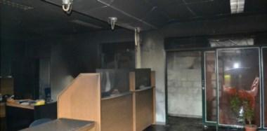 Se quemó la mitad del edificio. Una de las postales por dentro de cómo quedó la Cooperativa tras el incendio que habría sido intencional.