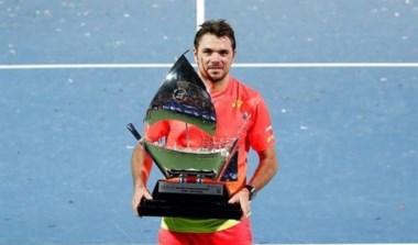 Wawrinka conquista su título número 13 en Dubai.