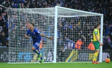 Leicester está cada vez más cerca de la gloria con el argentino Ulloa en el plantel.