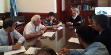 Aldo Pignanelli en su reunión con la diputada nacional Nelly Lagoria y el senador Alfredo Luenzo.