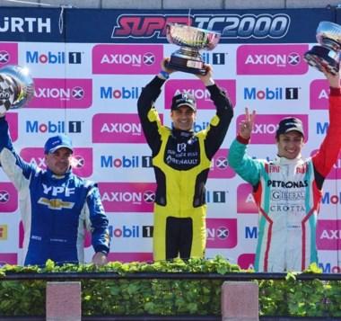El podio de la primera en el Mar y Valle. Con Spataro, Fontana y Merlo dueños del Gran Premio