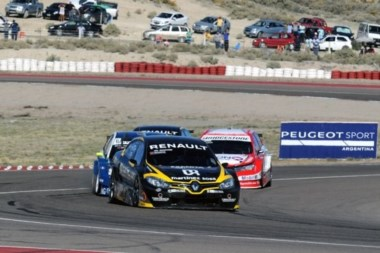 Emiliano Spataron se llevó la primera serie y acompañará a Pernía en 1ra fila.