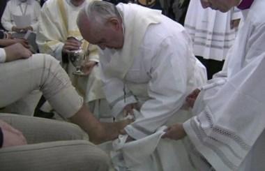 Otro fuerte gesto del Pontífice, para adentro y para afuera de la Iglesia.