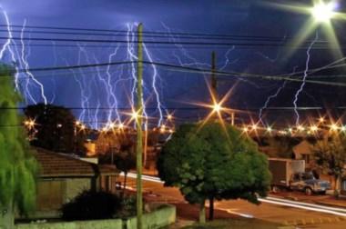 La tormenta eléctrica impactó a los trelewenses. Duró varias horas.