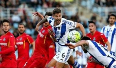 La misma Real que venció al Barcelona en Anoeta hace 15 días naufragó ante un Getafe que llegaba con una racha nefasta y con la soga al cuello.