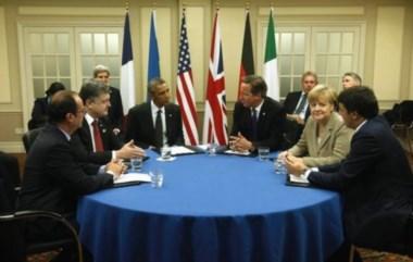 ¿Póker o poder? Linda mesa para un póker