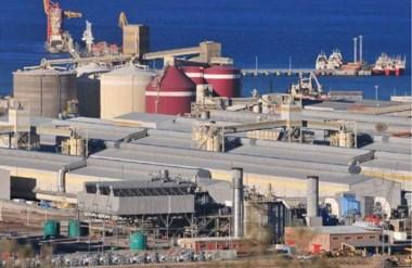 Inesperado. Pese a los esfuerzos de todos los sectores, la aluminera se niega a pagar los aumentos.