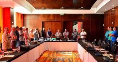 Representantes de seis regiones chilenas y de seis provincias argentinas participan de la reunión en Madryn.