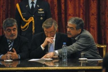 Das Neves, Kirchner y De Vido, en septiembre de 2007, cuando la obra se adjudicó a la empresa Austral Construcciones.