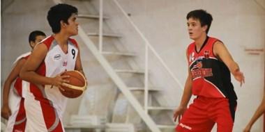 Los chicos U15 de Huracán vienen de jugar ante Independiente por la ABECh y jugarán hoy la Liga Provincial.