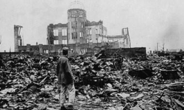 Nunca Más, señores presidentes al horror atómico, al holocausto nuclear.