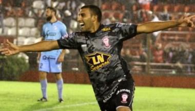En Huracán se pusieron firme, quieren 8 millones de dólares por el goleador cordobés.