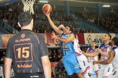 Regatas (3) dio la gran nota y barrio al actual campeón: 84-73 a Quimsa (0) en Corrientes.