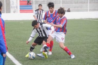 Ever Ready se hizo fuerte en el sintético de Alianza y se impuso por 1-0.